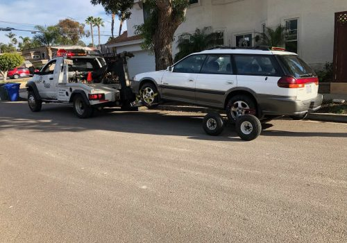 Picture of car being towed in Fresno